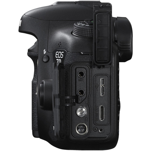 Canon 7D Mark II Side W_Ports